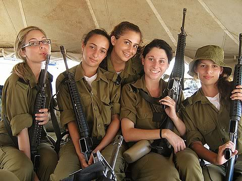 israeli-soldier-girls-32